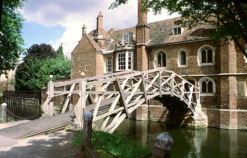 Newtons Bridge Queens College